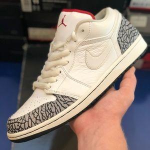 Jordan 1 phat low